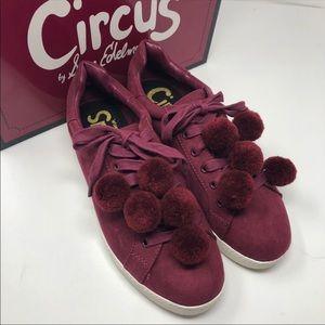 NEW Circus Sam Edelman Carmela Pom Pom Sneaker